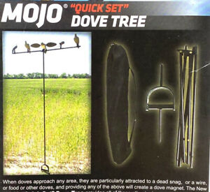 MOJO Outdoors Dove Tree Dove Decoy Mounting Pole with Carrying Bag