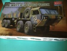 maquette 1/72,academy,camion US M977, oskhosh , boite origine