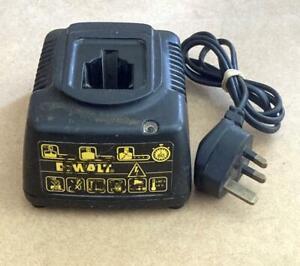 DeWalt DE9108 18V Battery Charger
