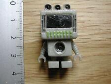 ROBOT RETRO S CIENCE FICTION PLASTIC MINIATURE M192