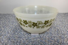 Vintage Pyrex Spring Blossom Mixing Bowl White w/ Green Flowers Crazy Daisy 7in