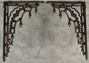 2 ARCHITECTURAL GOTHIC RENAISSANCE Cast Iron SHELF WALL CORNER BRACKETS Brown