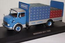 """Mercedes l911 carro de bebidas """"Henniez"""" azul-plata 1:43 Ixo nuevo & OVP"""