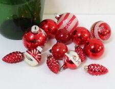 Boules de Noël anciennes en verre tons rouges