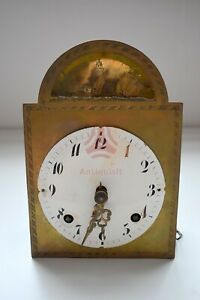 AQ-1741 Antikes Uhrwerk mit Gong und beweglichem Schiff (Wellengang) um 1800