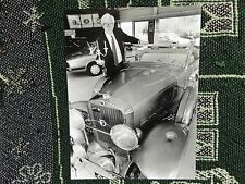 "10"" x 7"" PRESS PHOTO - 1931 LIBERACE GOLD CADILLAC - 1995"