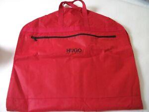 Hugo Boss   - praktischer exklus. roter Kleidersack m.Seitenfalte 125x65x6 neu