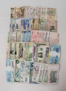 Collection of Mixed Vintage WORLDWIDE BANKNOTES incl AUSTRALIA & BRAZIL  - G17