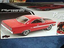 GMP/ACME 1970 PLYMOUTH GTX HEMI RED/WHITE 1/18