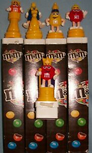 M&M'S® LOT OF 5 EUROPEAN CHESS TOPPERS