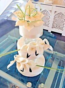 WEDDING CAKE SUGAR FLOWER CALA LILLY SET OF 3 IN IVORY.    New