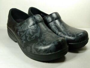 Crocs Womens Neria Pro II Clog Work Dual Black Flower Floral Comfort Shoes Sz 7