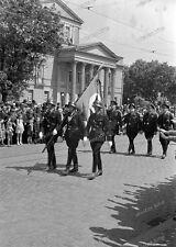 Negativ-1930-Darmstadt-Hessen-Aufmarsch-Standarte 33-uniform-Fahnenträger
