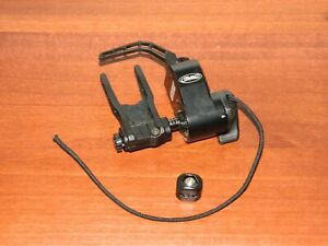 Used Mathews Ultrarest Integrated MX QAD-Black -Bow Rest- Integrate Right Handed