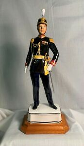 """Vintage Royal Worcester """"AN OFFICER OF THE PALATINE GUARD"""", in mint condition"""