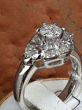 18K White Gold Bridal Diamond Wedding Ring.with Round Diamond in Center,1.00TCW.