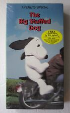 NEW / SEALED: The Big Stuffed Dog *A Peanuts Special* (VHS, 1996)