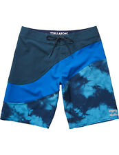 Billabong pulso x longitud media Board Shorts en Azul