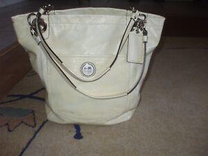 Coach cream yellow patent leather tote beach shop school shoulder bag #117