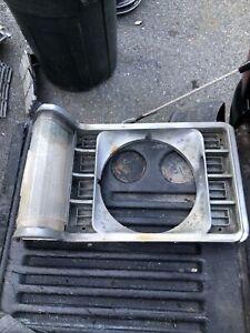 Passenger Right Headlight Door Trim Bezel Fits 1975 Granada 19061