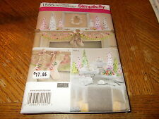 Simplicity Pattern 1555 ~ Holiday Decor ~ Wreath/Stockings/Table Decor/Swag/More