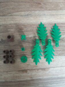 Lego System 'palm tree', with small leaves from 'enchanted island' 6278 set