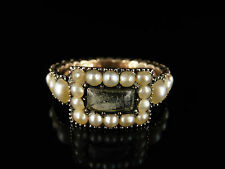 GEORGIAN PEARL CRYSTAL GOLD MOURNING RING CIRCA 1800