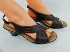 c48a38bb6745 Clarks Womens Brown Comfort Slingback Strappy Sandals Size 8.5M