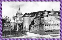 Carte Postale - Boulogne sur Mer - le château et la cathedrale