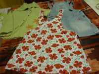 lot===== 4ans,fillette lot 3piéces veste ,robe jupe jeans   griffée disney