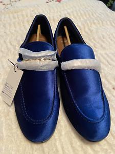 """Men's shoes """"Apt 9"""" blue velveteen size 13 New in box"""