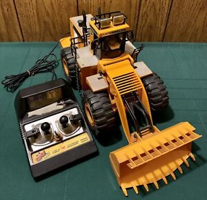 Vtg 1986 CATERPILLAR The CAT 992 Loader New Bright Remote Control Toy *WORKS*