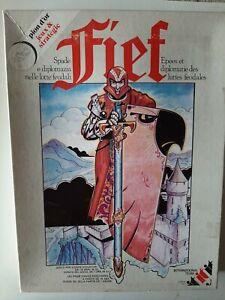 Ancien jeu de société FIEF Edition 1983 .International Team