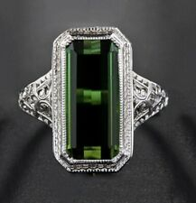 Green Zircoin Vintage Style Ring Size 7