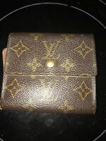 * LOUIS VUITTON Brown LV Monogram Snapped Trifold Leather Wallet (With Defects)