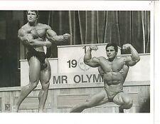 Arnold Schwarzenegger /Franco Columbu 1975 Mr Olympia Contest Photo B&W #2