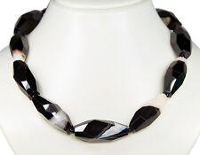 Collar Elegante de piedras preciosas de Negra-Blanca Ágata en forma ovalada