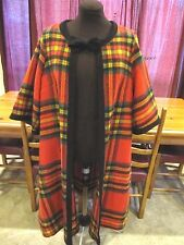 VINTAGE JOANNA NELSON 60s 70s MOD CAPE WOOL BLEND RED PLAID - OUTSTANDING!