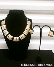CHAREL VINTAGE PEACH NECKLACE AND EARRING SET F2