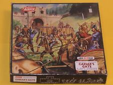 VINTAGE AIRFIX CAESARS GATE PLAYSET / Complete Roman Fort / FIGURES ON SPRUES