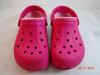 Crocs Kids Size 1-3 Jr Sandals Shoes Fuchsia Hot Pink Youth Girls Mammoth Fleece