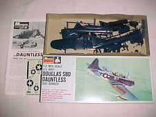 MONOGRAM DOUGLAS SBD DAUNTLESS DIVE BOMBER PA54 1967 ISSUE