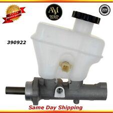 Brake Master Cylinder For 05/07 Ford Escape Mazda Tribute 2.3L 3.0L
