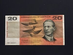1967 $20 Coombs/Randal ,SCARCEST $20 banknote VF, very nice note CV=$1250!!!