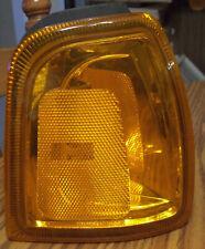 01 02 03 04 05 Ford Ranger Turn Signal RH Passenger Side Marker Light Lens NEW