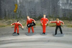 Painted Race Crew - Red - 1/32 Scale - Scalextric Carrera Ninco Scenery