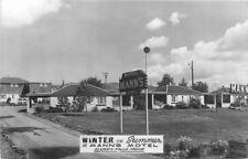 KLAMATH FALLS OREGON 1950s Woody Wagon Winter Summer Man's Motel RPPC 3937
