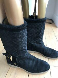 Auth Vuitton Monogram black shearling boots sz39