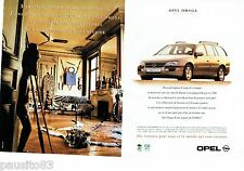 PUBLICITE ADVERTISING 116  1996  Opel Omega  break  MV6 (2p)