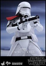 Hot Toys -Star Wars Episode VII  Actionfigur 1/6 First Order Snowtrooper Officer